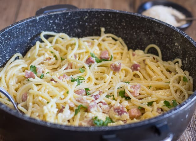 classic carbonara in a black pan
