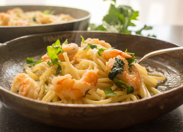 Pasta Shrimp, a fast, easy, and healthy Pasta recipe, ready in 15 minutes, the perfect week night or guests are coming Italian pasta dish.