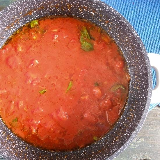easy tomato sauce 12-1