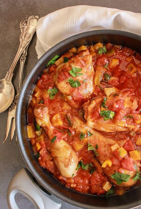 Easy Skillet Italian Chicken Cacciatore