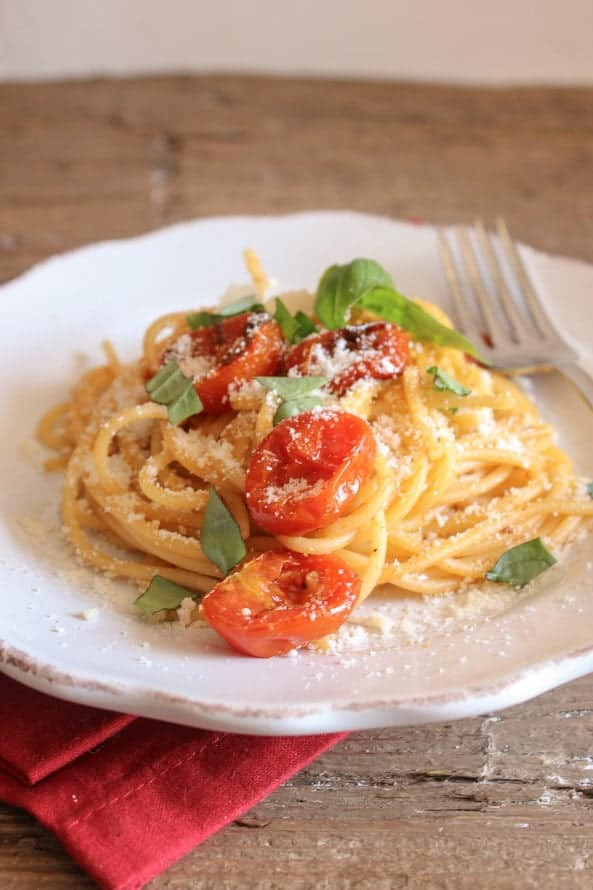 spaghetti with oven dried parmesan tomatoes/anitaliannmykitchen.com