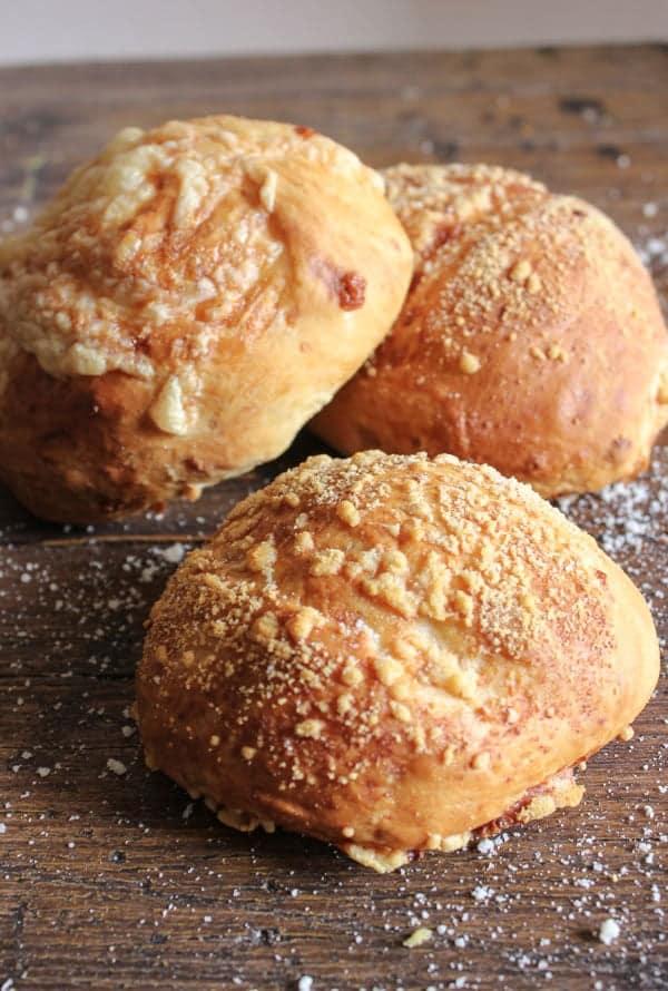 the best homemade double cheese buns/anitalianinmykitchen.com