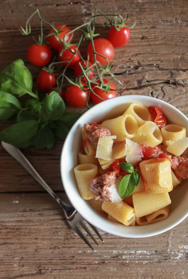 Pasta with Italian Sausage and Fresh Tomatoes