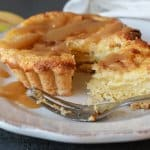 Apple Cinnamon Cheesecake Tarts, an easy delicious Fall Comfort dessert recipe. Drizzle with a little caramel sauce and its perfect. Enjoy