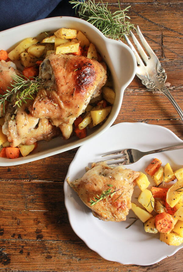 Italian Herb Roasted Chicken and Potatoes, this easy oven roasted chicken and vegetable recipe, is healthy, delicious, crispy and moist.