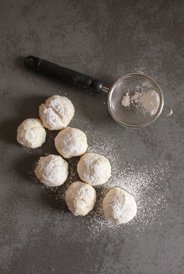 Hazelnut Snowball Cookies, an easy delicious Christmas melt in your mouth Christmas cookie recipe, the perfect simple yummy cookie. anitalianinmykitchen.com