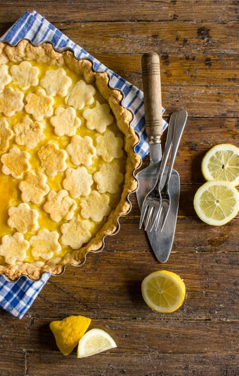 Italian Lemon Crostata, an easy creamy Lemony Italian dessert recipe. Perfect anytime even for Breakfast. A simple sweet treat. Enjoy!|anitalianinmykitchen.com