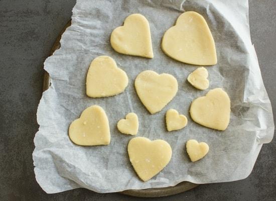 valentine chocolate dipped heart cookies|anitalianinmykitchen.com