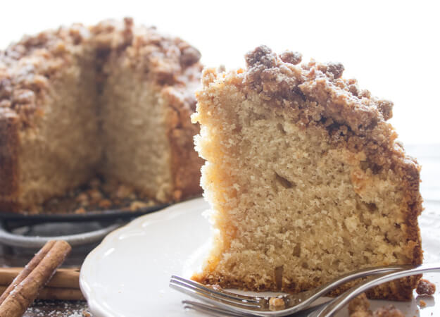 Cinnamon Crumb Coffee Cake, an easy delicious Coffee Cake recipe. A delicious crumb topping using leftover cake. Snack or Dessert. Enjoy.