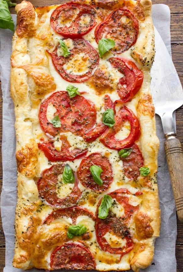 Easy Italian Fresh Tomato Cheese Pie