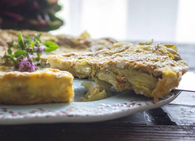 The Best Simple Tasty Artichoke Frittata, a fast, easy and healthy Italian frittata recipe. A low carb brunch idea.