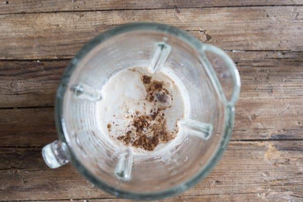pumpkin liqueur ingredients in a blender
