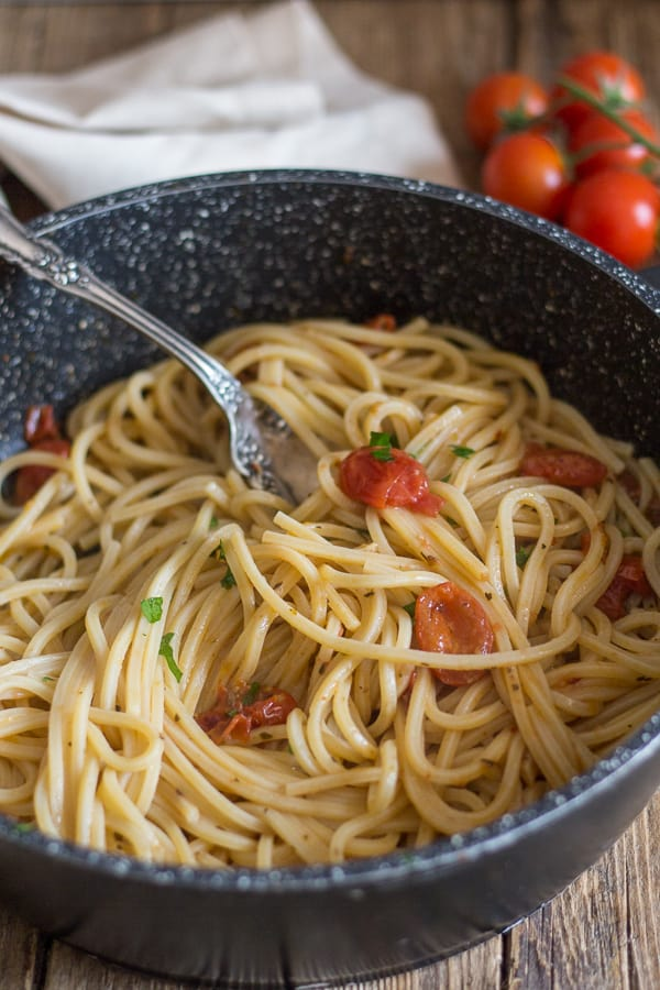 pasta anchovy pasta in a black pan