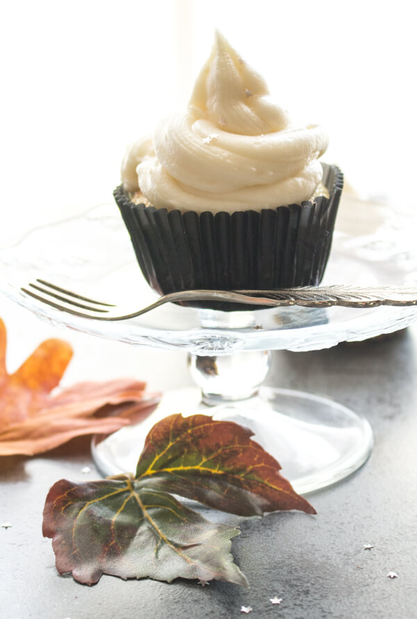 6 Vanilla Almond Cupcakes with Maple Cream Cheese Frosting