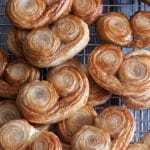 Palmiers on a wire rack.