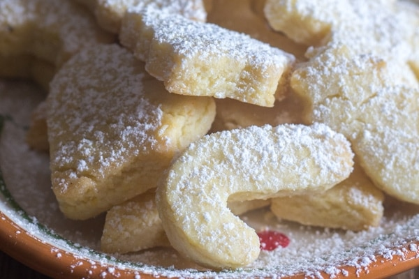 up close Italian almond cookies
