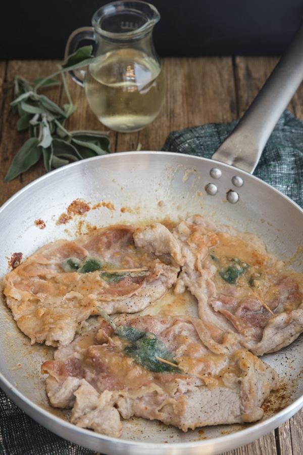 saltimbocca in a frying pan