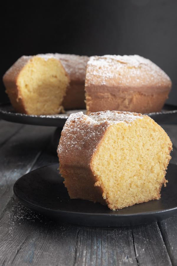 Travel Street Dish bundt-cake-pict Classic Italian Bundt Cake Recipe / Ciambellone